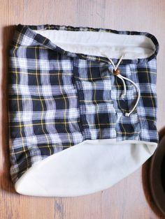 Flannel and Fleece Drawstring Neck-warmer, Kiku Corner 5 Fleece Patterns, Clothing Patterns, Sewing Patterns, Canvas Patterns, Sewing Designs, Snood Pattern, Neck Piece, Neck Scarves, Neck Warmer