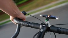 Hammerhead simplifies bike navigation through smartphone-connected LED clip This.