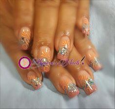 #nails #uñasbellas #uñasacrilicas #acrilycnails #uñas #diseño #kimerasnails #glitter #nude #fashionnails #fashion #sculpturenails #esculturales #sculpture