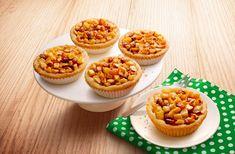 Mini appeltaartjes: kleine appeltaartjes om lekker uit te delen of als tussendoortje. Bekijk hier het recept en bak zelf eenvoudig mini appeltaartjes!