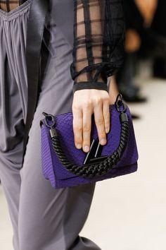 Louis Vuitton Spring 2017 Ready-to-Wear Accessories Photos - Vogue