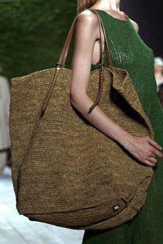 borsa in raffia per la spiaggia ed il mare 2013 all'uncinetto homemade OOAK di knitta! italia milano monza