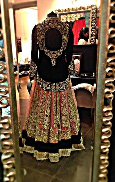 Today i am bringing forth an awesome collection of inspiring latest dress design for party I am back with yet another cool assemblage of latest dress Indian Bridal Wear, Asian Bridal, Indian Wear, India Fashion, Asian Fashion, Indian Dresses, Indian Outfits, Indian Clothes, Mehendi Outfits