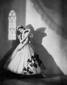 Margot Fonteyn in Apparitions, 1936