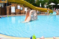 Der Elefant, der eine Rutsche ist Antalya, Liberty, Outdoor Decor, Home Decor, Vacation, Political Freedom, Decoration Home, Room Decor, Freedom