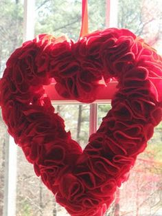 Valentine Felt Heart Wreath