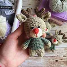 We have already shared examples of several Amigurumi deer models. We knit a mini deer today. Amigurumi can be used as keychain models yaai Crochet Amigurumi, Amigurumi Patterns, Amigurumi Doll, Crochet Dolls, Amigurumi Tutorial, Baby Knitting Patterns, Crochet Patterns, Crochet Deer, Crochet Diagram