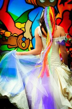 Confused which color to choose for your wedding? Well why don't you celebrate your wedding with a color splash! There is a growing interest on having a Rainbow wedding theme. From flowers, bridesmaids rainbow. Rainbow Wedding Dress, Colored Wedding Dresses, Dream Wedding Dresses, Offbeat Bride, Rainbow Hair, Rainbow Brite, Rainbow Colors, Our Wedding, Wedding Stuff