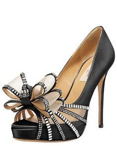 High Heels :     Picture    Description  Glamour!    - #Heels https://glamfashion.net/fashion/shoes/heels/high-heels-glamour/