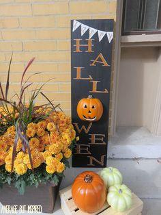 "DIY Light Up ""Happy Halloween"" Sign"