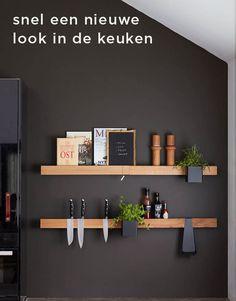 FLEX Rail 60 Black Oak Black - Kitchen inspiration by Gejst - Kitchen Styling, Kitchen Decor, Kitchen Design, Black Kitchens, Home Kitchens, Home Decor Hooks, Dark Stains, Nordic Design, Decoration