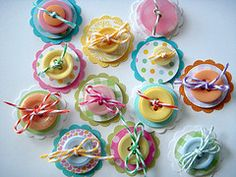 craft idea, button embellishments