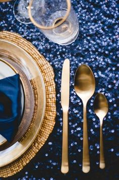 midnight-summer-engagement - blue and gold place setting Midnight Summer, Midnight Wedding, Starry Night Wedding, Blue Wedding, Trendy Wedding, Midnight Blue, Wedding Reception Decorations, Wedding Themes, Wedding Colors