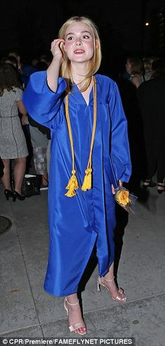Ariel Winter and Elle Fanning celebrate at graduation ceremony | Daily Mail Online