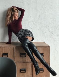 What about high boots 🖤 * Fashion Boots, Fashion Outfits, Womens Fashion, Elegantes Outfit Frau, Sexy Outfits, Cute Outfits, Sexy Stiefel, Thigh High Boots Heels, High Leather Boots