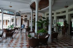 Sofitel Hua Hin… maybe not a Bar… but after some bottles of Champagne and a Proposal … it sure was getting close...