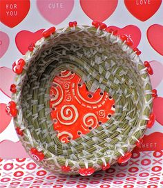 Charming pine needle basket with unique heart by GiggyBaskets