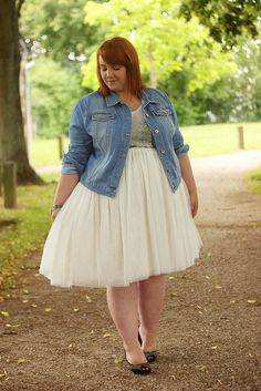 Asos Jean Jacket, Dorothy Perkins London Print T Shirt, White Tutu Skirt, Zara Studed Heels, Mint Zipper Bracelet Dress With Jean Jacket, Jean Jacket Outfits, Denim Jacket Fashion, Dressy Casual Outfits, Cute Outfits, Mom Outfits, Plus Size Womens Clothing, Plus Size Outfits, White Tutu Skirt