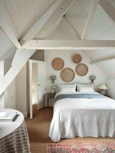 white room in Bruges