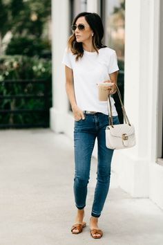 Casual outfit for running errands casual jeans outfit summer, women casual outfits, Mode Chic, Mode Style, Traje Casual, Outfit Jeans, Casual Jeans Outfit Summer, Casual Chic Outfits, Summer Casual Outfits For Women, Everyday Casual Outfits, Casual Chic Summer