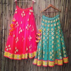 Lehenga gold zari zardozi indian weddings bride bridal wear www.weddingstoryz.com details Colourful lehengas fit for mehendi henna party pink aqua