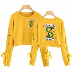 Riverdale Women South Side Serpent Sleeve Openwork BowKnot Capless Hoodies Women/Men Sweatshirt Crop Top Clothes Color black Size M Hoodie Sweatshirts, Teen Fashion Outfits, Outfits For Teens, Riverdale Shirts, Pretty Little Liars, Riverdale Fashion, Jugend Mode Outfits, Vetement Fashion, Crop Top Outfits