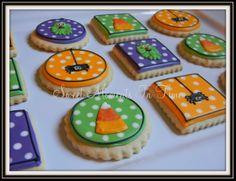 Halloween  For more cookies visit www.facebook.com/sweetmomentsintime