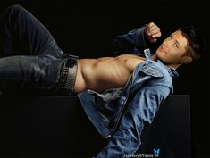 jensen ackles shirtless | Jensen-Manips-jensen-ackles-3699790-800-602.jpg