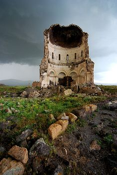 Amenap'rkitch Church, Ani Ruins, Kars, Eastern Anatolia, Turkey (in what was historic Armenia) Abandoned Churches, Abandoned Places, Beautiful World, Beautiful Places, Amazing Places, Beautiful Ruins, Places Around The World, Around The Worlds, Magic Places