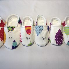 I am getting ready to visit the Parkland (FL) Farmers Market this Sunday. I have been making shoes in all four sizes to have great selection and a fantastic display. I am so excited fir this opportunity! Soft Baby Shoes, Better Posture, How To Make Shoes, Baby Feet, Farmers Market, Ankle Strap, Opportunity, Sunday, Parenting