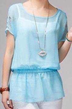 Enfriar blusas de colores de verano con la camiseta de las blusas