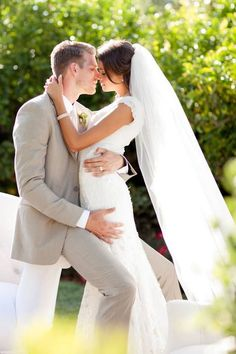 Creative wedding photo ideas//or an engagement pose if your wedding dress is too full for the sleek effect #creativeweddingphotography