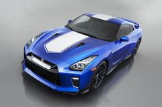 TheCarConnection_email Nissan Gt R, Nissan 370z, Skyline Gtr, Nissan Skyline, Supercars, Dual Clutch Transmission, Racing Stripes, Twin Turbo, Cars