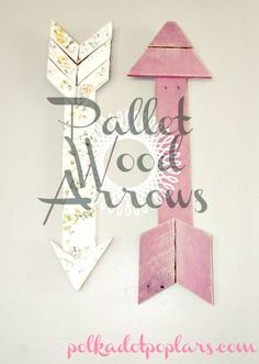 To hell with pallet wood! Painted cardboard would look the exact same and as long as nobody touched it they'd probably never know the difference! Wood Pallet Arrows {DIY Decor} (would also be super cute to do in a boys room) Pallet Crafts, Pallet Art, Pallet Projects, Wood Crafts, Diy And Crafts, Pallet Signs, Diy Pallet, Pallet Ideas, Wood Animals