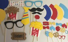 CIRCUS PHOTO BOOTH props with cupcake wrappers by Thepartypitstop