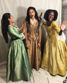 The new Schuyler Sisters! <---- They're amazing! I love Peggy/Maria!<<<I got to meet Ari, she's such a sweet and amazing little bean, but I didn't get to meet the other two...tears