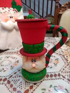 Reunión navideña Christmas Stocking Kits, Felt Christmas Stockings, Etsy Christmas, Christmas Sewing, Primitive Christmas, Christmas Snowman, Christmas Projects, Winter Christmas, Christmas Time