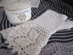 Veyla, tricotadas com 1 novelo de Victoria #ovelhanegrayarns #ovelhanegra #ovelhanegravictoria