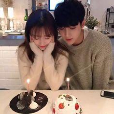 Cute Couples Goals, Couples In Love, Couple Goals, Korean Ulzzang, Ulzzang Boy, Cute Korean, Korean Girl, Couple Ulzzang, Korean Best Friends