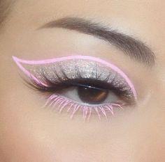 Pretty Eye Makeup, Makeup Eye Looks, Eye Makeup Art, Cute Makeup, Makeup Inspo, Skin Makeup, Eyeshadow Makeup, Makeup Inspiration, Pink Eyeliner