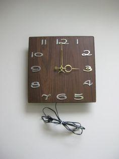 Vintage Mid Century Modern Wall Clock by VintageByThePound on Etsy, $23.00