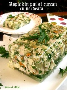 Cotlete de porc in sos aromat cu rozmarinCulorile din Farfurie Sweets Recipes, Salad Recipes, Cooking Recipes, Healthy Recipes, Romania Food, Home Food, Light Recipes, Yummy Cakes, Feta