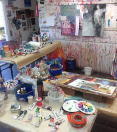 Robert Burridge's studio. I fear ( actually expect) my new ,pristine studio walls will soon have drips & splooshes & smears of paint soon...