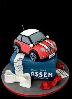 Mini Car Cake 12852133552998012801280 174jpg cakepinscom Cakey