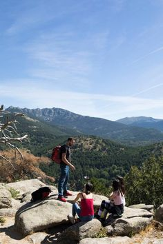 Madrid - Hike Madrid's mountains with the best views. Hi, I am an experienced trekking guide in Madrid and nature lover. Always happy to show Madrid's hidden places and beauty and share the history of our surrounding places. Texas Hill Country, Hidden Places, Places To Go, Visit Madrid, Road Trip, 50 Euro, Wanderlust, Blog Voyage