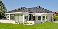 Simple, modern, small and classy house and family home. By: Abakon sp. z o.o. spółka komandytowa