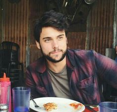Why is Jack so beautiful? Jack Falahee, Jamie Nelson, John Ryan, Jack O'connell, Man Crush Monday, Flynn Rider, How To Get Away, Attractive Men, Best Actor