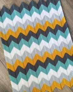 Carpet Runners With Latex Backing Crochet Ripple Blanket, Crochet Doily Rug, Crochet Stitches Free, Chevron Crochet, Crochet Carpet, Crochet Basket Pattern, Granny Square Crochet Pattern, Crochet Home, Baby Knitting Patterns