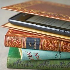 Disguise your Kindle or Kobo e-reader with this range of classic handmade book case covers. A traditional yet modern gift for book lovers. Kindle Paperwhite Case, Kindle Case, Ipad Mini, Book Lovers Gifts, Book Gifts, Stitching Leather, Classic Books, Bookbinding, The Book