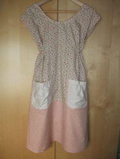 Dottie Angel Simplicity 1080 dress pattern. Looks better on the hanger than on me :(